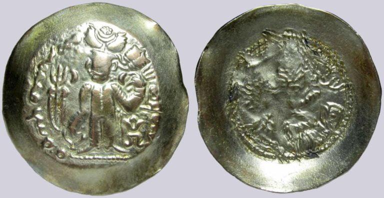 Alchon Huns, AV dinar, Adomano, Type 85